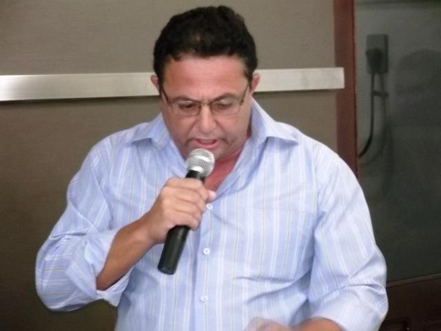 Dinca diz que convite do PMDB para convenção seguiu orientação da legislação Eleitoral