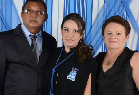 Tabira de luto outra vez: corpos do poeta Zé de Mariano, mulher, filha e cunhado serão sepultados hoje