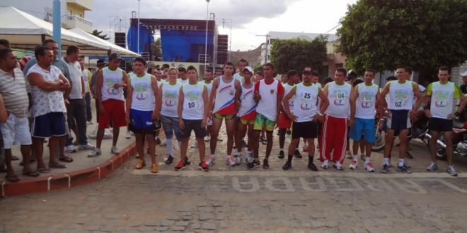 Maratona hoje na festa de Quixaba