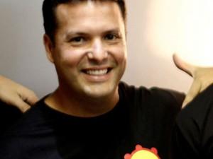 Corpo do empresário tabirense Guilherme Brandão é sepultado em Maceió