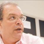 """João Veiga revela: hospital em que João estava não tinha condições de diagnosticar quadro por falta de tomógrafo. """"Imploramos para o Português recebê-lo, em vão"""""""