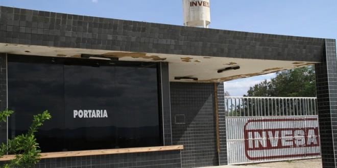 Em Afogados, Invesa acusada por trabalhadores de atrasos e descumprimento de obrigações trabalhistas