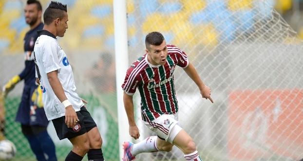 Fluminense vence terceira seguida e embala no Campeonato Brasileiro