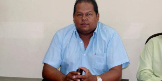 Afogados da Ingazeira // Vereador Vicentinho lidera faltas na Câmara
