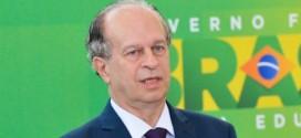 Corte maior no orçamento de 2016 'é realidade', diz ministro da Educação