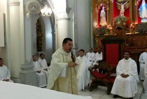 Durante missa da Padroeira, Santa Maria Madalena, Monsenhor pede que pais imponham limites aos filhos