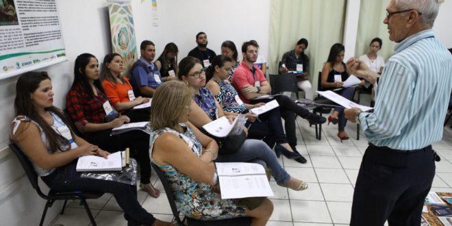 Afogados: palestras abordam formação de lideranças empreendedorase a diminuição da inadimplência