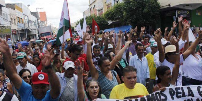 Greve Geral: de forma pacifica Afogados protestou contra reformas